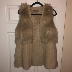 Oversized Guess Fur Vest (small)